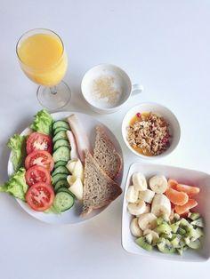 healthy inspiration #breakfast #goodfood #food #fresh #fruit #kiwi #cappuccino #cereal #coffee #juice #veggies #granola #yogurt
