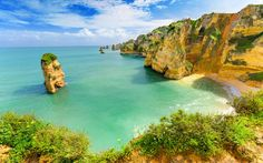 Algarve travel guide - The Telegraph 17.08.2016 | Insider's guide to Algarve, as recommended by Telegraph Travel. Find expert advice and great pictures of top hotels, restaurants, bars and things to do. Photo: The Algarve is a region of golden beaches framed by beautifully wrought limestone rocks