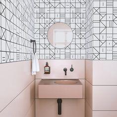 WALLPAPER : INDIAN CHIEF©️️ // WHITE - drop it MODERN - Modern and contemporary interior designed wallpaper for the studio and home. | #wallpaper #InteriorDesign #HomeDecor #bedroom #bathroom #kitchen #LivingRoom #designer #luxury #traditional #FarmHouse #MidCenturyModern #whitebathrooms #kitcheninteriordesigncontemporary #traditionalkitchens #moderninteriordesignkitchen #kitcheninteriordesignmodern #luxurymodernhomedesign