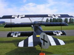 All sizes | Brieghton Airfield. Nr Selby. Fokker Dr1 Replica | Flickr - Photo Sharing!