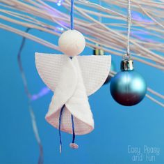Cotton Rounds Angels Ornaments - Christmas Ornaments for Kids to Make - Easy Peasy and Fun
