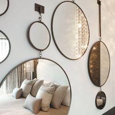 Dépareiller les miroirs au mur - 100 Idées Déco