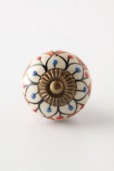 Love Anthropologie's knobs
