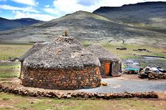 Lesotho - BelAfrique - Your Personal Travel Planner - www.belafrique.co.za South Afrika, Vernacular Architecture, African Tribes, Out Of Africa, Rock Pools, Rest Of The World, Stock Foto, Beautiful Landscapes, Places Ive Been