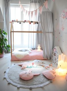 With the super fluffy, prewashed . - Kinderzimmer Soft-Kollektion mit Musselinstoffen und Aquarell-Wandstickern - Quarto do Bebê Baby Bedroom, Baby Room Decor, Nursery Room, Girl Nursery, Girls Bedroom, Girl Toddler Bedroom, Little Girl Bedrooms, Big Girl Rooms, Baby Room Design
