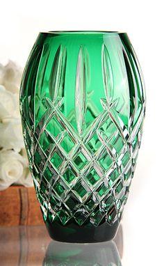 1765 ''Crystal glass'' production begins a new era in glass industry (Waterford Araglin Prestige Emerald Vase)