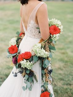 Bridal Garland and bouquet.   | http://www.stylemepretty.com/montana-weddings/2015/01/16/colorful-wild-west-wedding-inspiration/ | Photography: Rebecca Hollis - http://rebeccahollis.com/