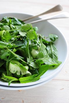 https://flic.kr/p/c4XHT3 | thai green salad by Jules courtesy of Flickr Creative Commons licensed by CC BY 2.0 https://creativecommons.org/licenses/by/2.0/