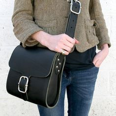 Image of Square Ladies Leather Shoulder Bag