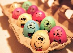 Happy Easter 2017 Quotes, Wishes, Images For Brother And Sister Funny Easter Images, Funny Easter Eggs, Funny Eggs, Egg Pictures, Colorful Pictures, Easter 2015, Coloring Easter Eggs, Happy Easter, Painted Rocks