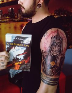 @HailJon Tolkien tattoo. Sauron Tattoo. Annatar tattoo. #TolkienTattoo #SauronTattoo #AnnatarTattoo