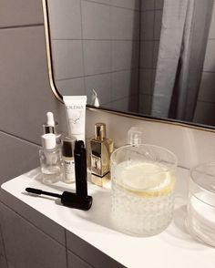 Stolen Inspiration: Fashion, Beauty and Lifestyle from New Zealand Paris Chic, Beauty Corner, Shelfie, Aesthetic Pictures, Self Care, Pots, Room Decor, Cosmetics, How To Make
