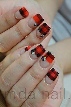 銀座deネイル★M.D.A NAiLのブログ New Year's Nails, Love Nails, Art Nails, Japanese Nail Design, Japanese Nails, Mani Pedi, Manicure And Pedicure, Pedicures, Black White Nails