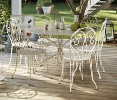 Fermob-fauteuil Montmartre http://www.jardin.co.nz/outdoor-furniture/montmartre-range/