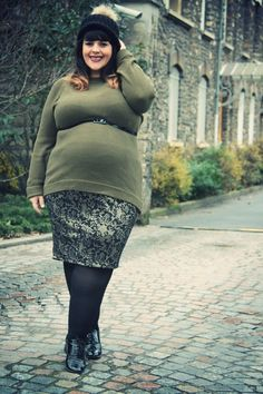 Le blog mode de Stéphanie Zwicky  {If I get preggers I hope to look this fabulous when I am. }