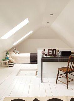 100 Incredible Loft Bedroom Interior Ideas www. 100 Incredible Loft Bedroom Interior Ideas www. Attic Loft, Loft Room, Attic Rooms, Attic Spaces, Bedroom Loft, Bedroom Decor, Bedroom Furniture, Attic Library, Attic Ladder