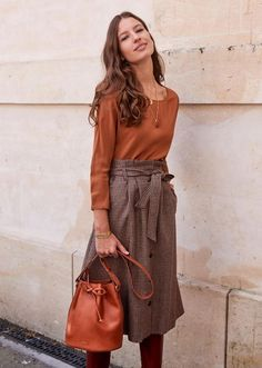 - Mode 2018 - Women's style: Patterns of sustainability Fashion Mode, Modest Fashion, Look Fashion, Womens Fashion, Fall Fashion, Feminine Fashion, Ladies Fashion, Fashion Photo, Fashion Beauty