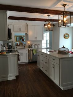 Lowe S Can Help Through Your Kitchen Remodel From Design Ideas Cost Estimates And Installation Start Working With The Team Today
