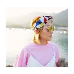 Sunday vibes @lazynoon is wearing #headbandJocelyn !!! Thank you much for sharing this cool pic!  #coolgirls #headband #jacquard #geometric #limitededition #handmadeinparis #supportoriginal #etsyfr #etsy #buyindependent #adjustableheadband