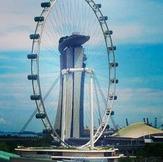 Singapore flyer in front of Marina Bey Sands, Singapore