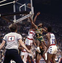 NBA Finals Seattle SuperSonics Gus Williams in action shot vs Washington Bullets Game 5 Landover MD 6/1/1979 CREDIT James Drake