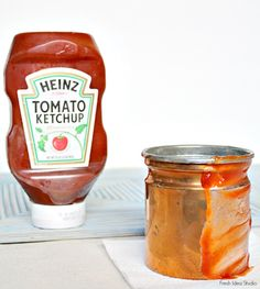 How to clean copper fast Met Tomato Ketchup koper schoonmaken Deep Cleaning Tips, House Cleaning Tips, Diy Cleaning Products, Cleaning Solutions, Spring Cleaning, Cleaning Hacks, Diy Products, Cleaning Supplies, Hacks Cocina