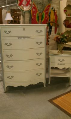 French Provincial, Old White with Paris Grey trim.