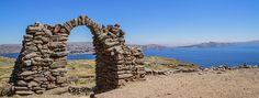 Authentic Stays with Locals in Peru:  Située à près de 4 000m d'altitude, la ville de Puno borde le lac navigable le plus haut du monde, le Titicaca. Berceau des civilisations pré-incas...