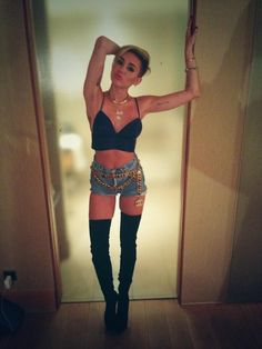 Miley Cyrus - this outfit is the shit.