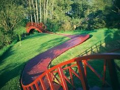 Victoria Gardens: Virtual Tour: Garden of Cosmic Speculation - near Dumfries, Scotland It was set up by Charles Jencks and his late wife, Maggie Keswixk.