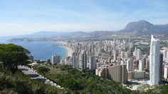 Video: BASE Jumping in Benidorm