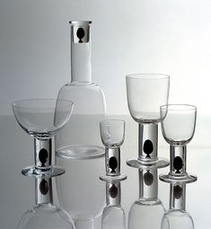 M :: Markku Salo Gallery / Design / Long Series / Glass / Oliivi 1990.
