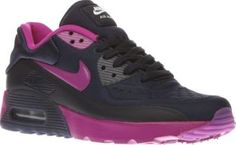Nike Navy Air Max 90 Ultra Se Girls Youth The Nike Air Max is given a mini makeover and brought up to speed for the present day. Arriving for kids, the 90 Ultra SE features a navy man-made upper with purple accents for extra girly points. No- http://www.comparestoreprices.co.uk/january-2017-8/nike-navy-air-max-90-ultra-se-girls-youth.asp