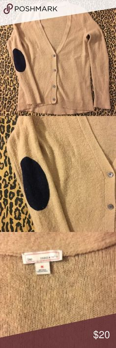 Gap Cardigan elbow patch medium Tan navy Piling Norma for this fabric no holes or stains so comfortable on GAP Sweaters Cardigans