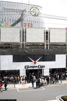 Ouverture du Gundam Café à Akihabara