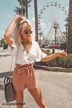 Envie White Wrap Crop Top, Summer Outfits, Classy High Minimal Fashion and Street Style Ideas Summer Fashion Outfits, Summer Outfits Women, Spring Summer Fashion, Spring Outfits, Trendy Outfits, Cute Outfits, Spring Break, Denim Outfits, Spring Clothes