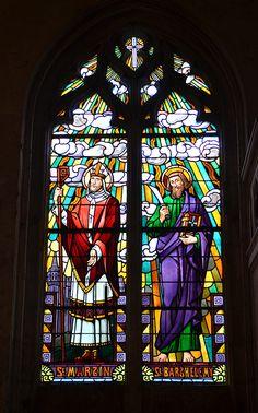 Vitrail de l'église Saint-Symphorien, à Tours, en bord de Loire