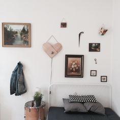 #walldesign #interiordesign #interior #bedroom #skateboard #wood #pictures #art #roomdesign #nordichome