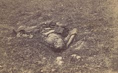Dead Confederate Soldier on the Battlefield at Antietam, September 1862, Alexander Gardner http://www.metmuseum.org/toah/works-of-art/1970.537.4