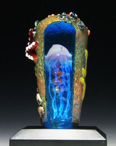 "Lighted ""Cave Jelly"" Jellyfish Paperweight Sculpture, Faceted Window revealing Jellyfish inside. Featured Jelly (Exotic Moss)"