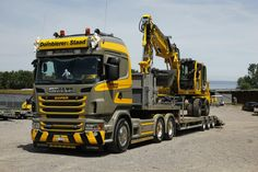 Scania & Gleisbagger