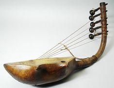 Kind Davids Harp Castle Life - Ancient Instruments: The Harp