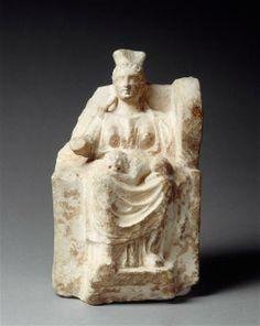 Cybèle assise sur un trône. 3e millénaire av J.-C., période hellénistique (323-31 av J.-C.) (Grèce). Paris, musée du Louvre