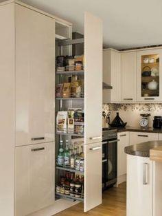 Glendevon Cream - Glendevon - Kitchen Families - Kitchen Collection - Howdens Joinery
