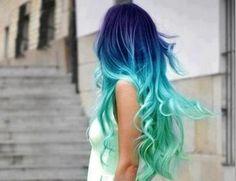 girl fashion style pastel hair colored hair dyed hair blue hair green hair colorfulhai-r Color Fantasia, Coiffure Hair, Hair Chalk, Ombre Hair Color, Blue Ombre, White Ombre, Aqua Blue, Silver Ombre, Teal Green