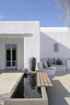 White - Greece - Garden - Patio - Terrace - terras - tuin- dakterras - roof…