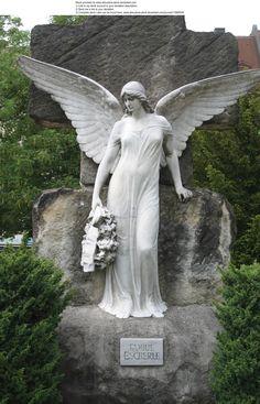 Nuremberg cemetery #angel Angel