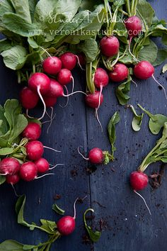 Radish, dark background, clusters