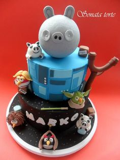Angry+Birds+Star+Wars+Cake | Angry Birds Star Wars cake