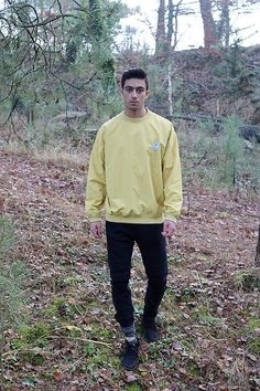 Get this look: http://lb.nu/look/8537641 More looks by Alex Zoetelief Tromp: http://lb.nu/user/6062297-Alex-Z Items in this look: Yellow Vintage Sweater, Bershka Black Jeans, Twisted Soul Black Suede Shoes #retro #sporty #vintage #casual #yellow #black #sweater #nature #suede